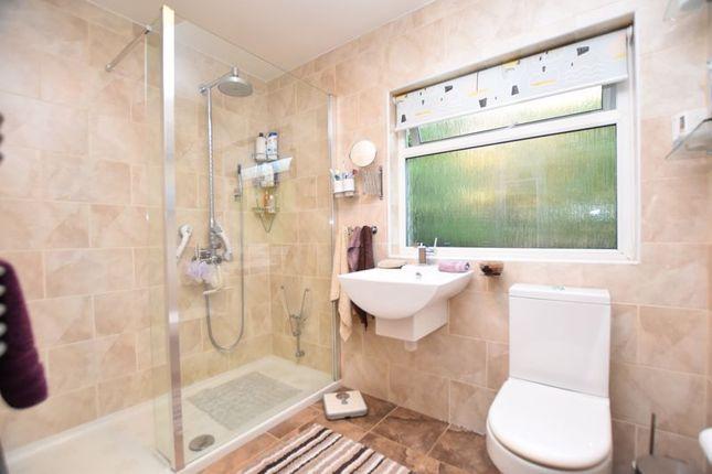 Bathroom of Trevarren, St. Columb TR9