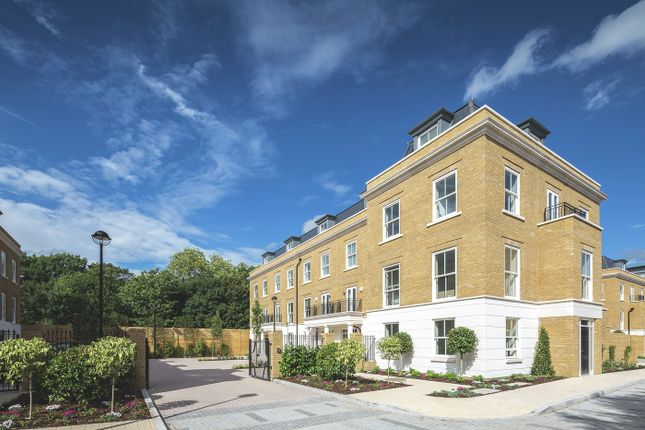 Thumbnail Town house for sale in Brewery Lane, Twickenham