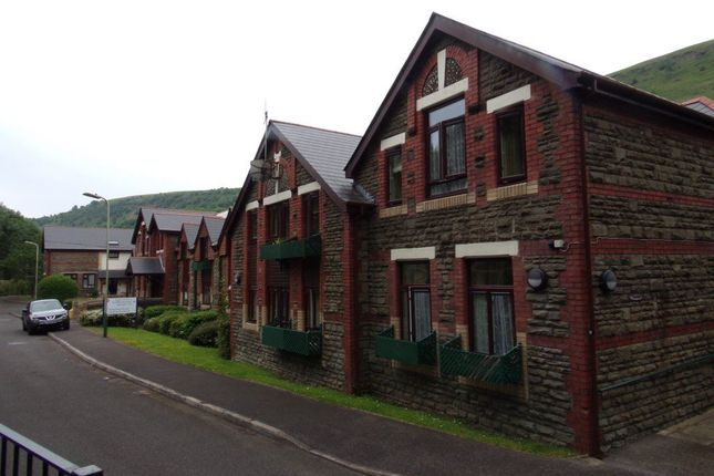 Thumbnail Flat to rent in 14 Glan Yr Afon, Ruperra Street, New Tredegar