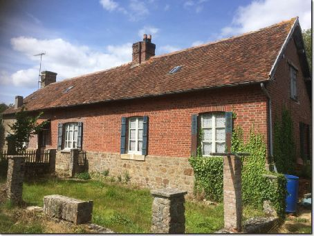 3 bed country house for sale in Briouze, Basse-Normandie, 61220, France