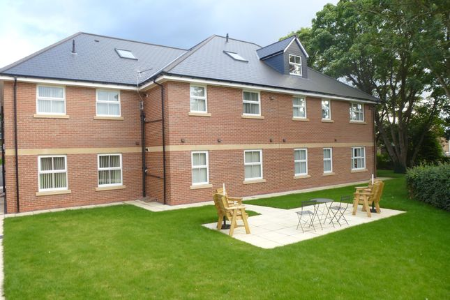 Thumbnail Flat to rent in Grove Court, Worksop