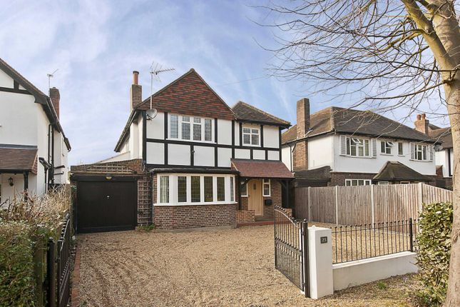 Thumbnail Detached house to rent in Midway, Walton On Thames, Surrey