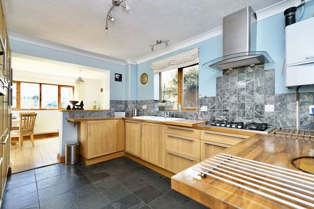 Thumbnail Detached house to rent in The Sycamores, Bluntisham, Huntingdon, Cambridgeshire.