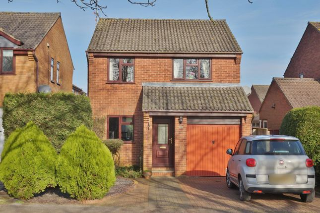 Thumbnail Detached house for sale in Oak Close, Uppingham, Oakham