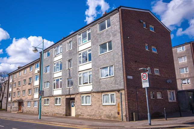 Thumbnail Flat to rent in Vauxhall Street, Plymouth