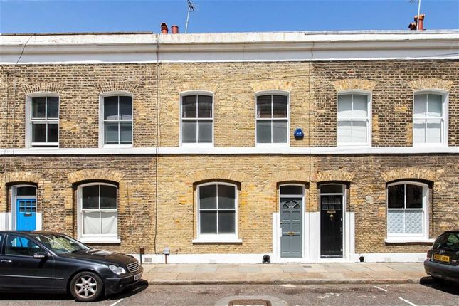 Thumbnail Property to rent in Wellington Row, London