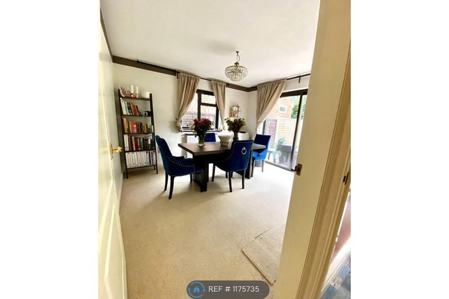 3 bed semi-detached house to rent in Ingrave Road, Brentwood CM13