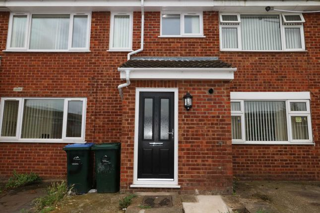 Thumbnail Shared accommodation to rent in Dysart Close, Coventry