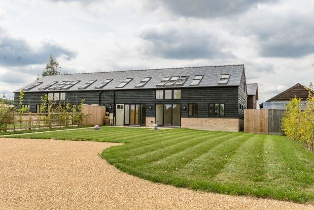 Thumbnail Barn conversion to rent in Church Street, Haslingfield, Cambridge