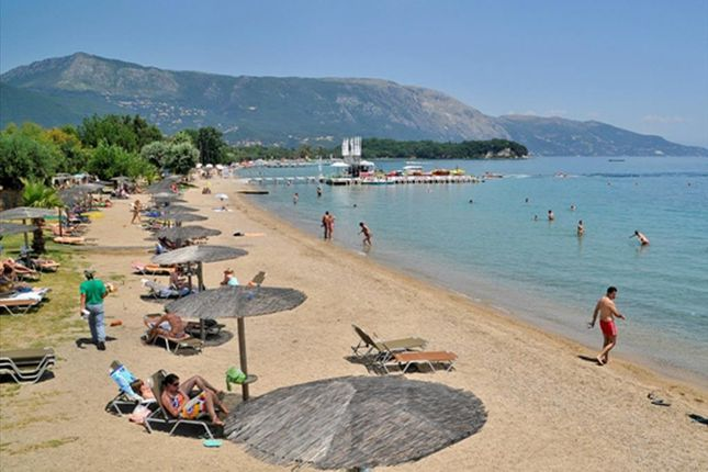 Thumbnail Hotel/guest house for sale in Dassia, Kerkyra, Gr