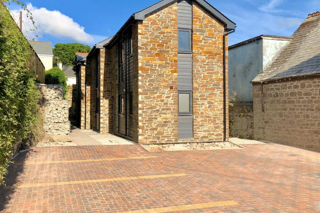 Thumbnail Terraced house for sale in New Build, Ready For Immediate Occupation, 2 Olivers Yard, Helston