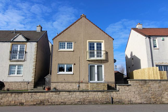 Thumbnail Flat for sale in Mid Street, Kirkcaldy