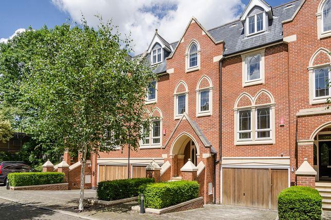 Thumbnail Town house to rent in Pomeroy Close, Twickenham