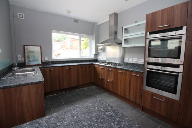 Kitchen of Clift Road, Southville, Bristol BS3