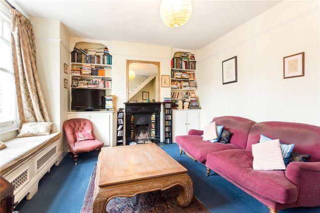 Picture No. 06 of Collingbourne Road, London W12