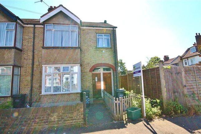 Thumbnail Maisonette to rent in Balfour Road, South Norwood, London