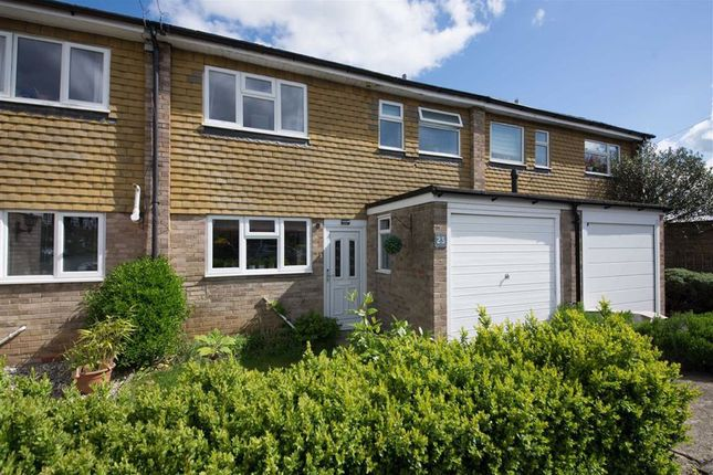 Thumbnail Property to rent in Vanbrugh Close, Woodstock
