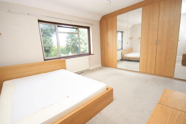 Thumbnail Room to rent in Steventon Road, Shepherds Bush