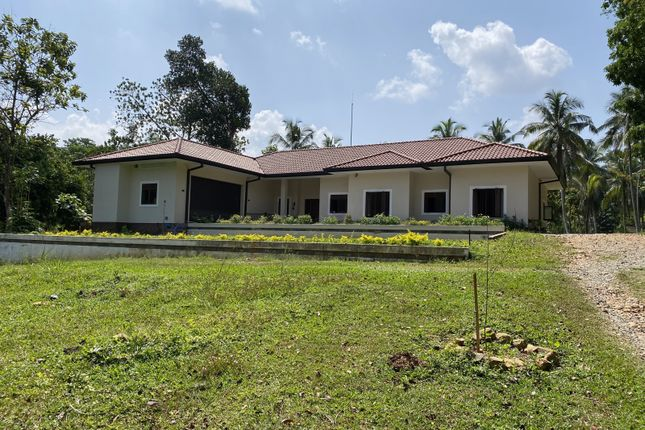 Thumbnail Detached house for sale in Ruwanella, Sabaragamuwa, Sri Lanka