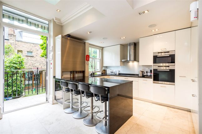 Thumbnail Flat for sale in Lancaster Road, London