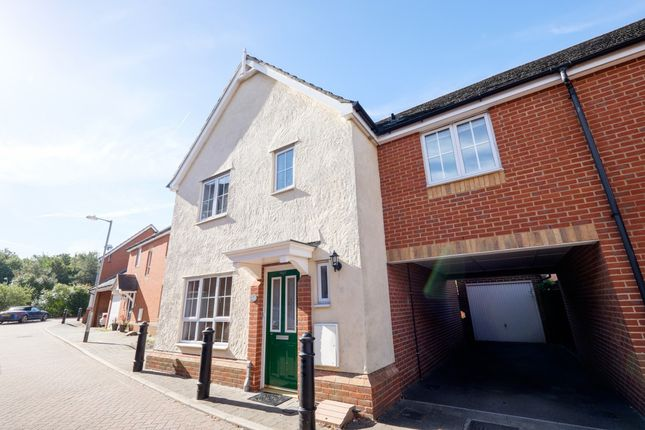 Thumbnail Link-detached house for sale in Goodwin Close, Chelmsford, Essex