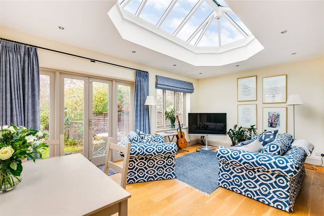 Living Area of Grange Road, London SW13
