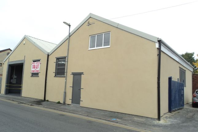 Thumbnail Studio to rent in Netherfield Road, Dewsbury