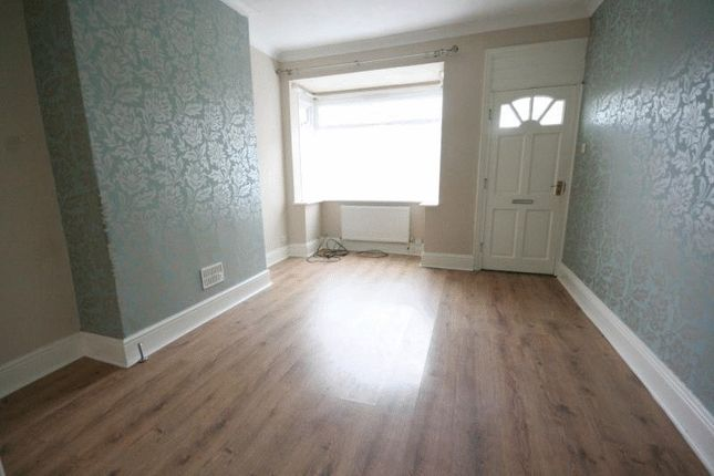 Thumbnail Terraced house to rent in Clarence Avenue, Delhi Street, Hull