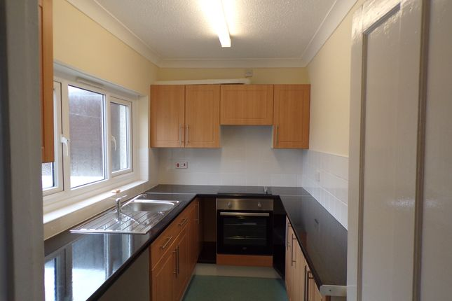Thumbnail Terraced house to rent in Quintrell Road, Newquay