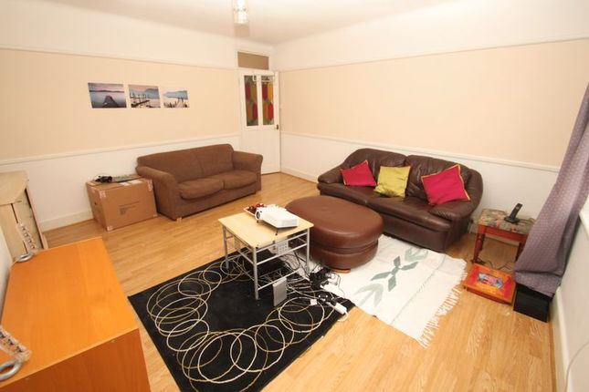 Lounge 1 of Wimborne Road, Winton, Bournemouth BH9