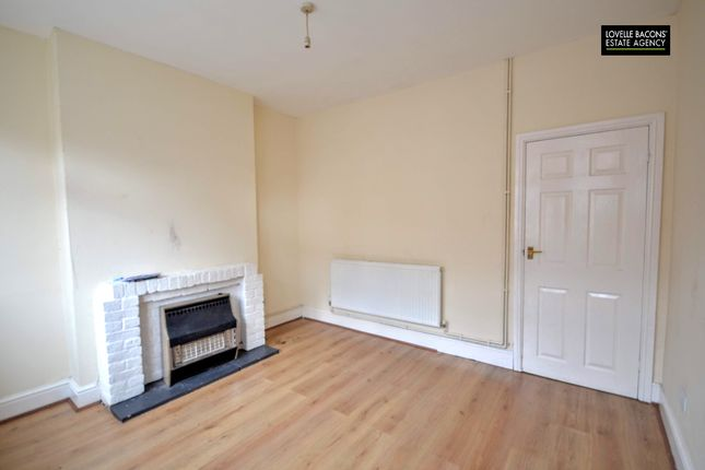 Living Room of Weelsby Street, Grimsby DN32