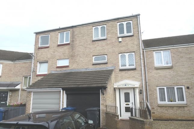 Thumbnail 3 bed town house for sale in Linthorpe Court, South Shields