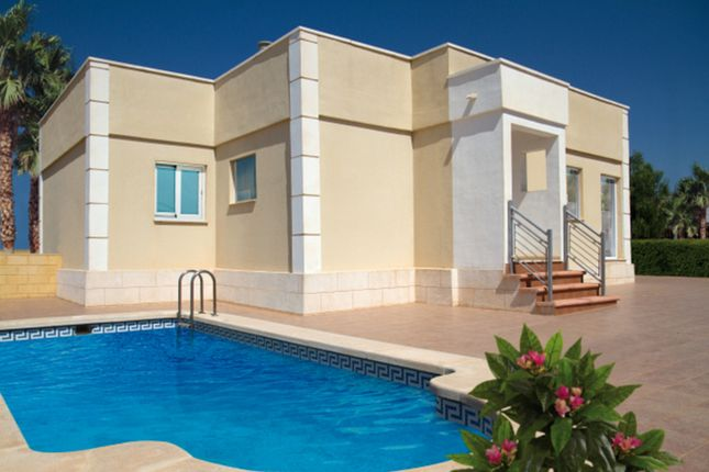 2 bed detached house for sale in Sierra Golf, Alicante, Spain