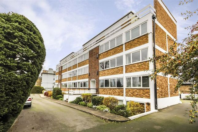 1 bed flat to rent in Church Grove, Hampton Wick, Kingston Upon Thames KT1