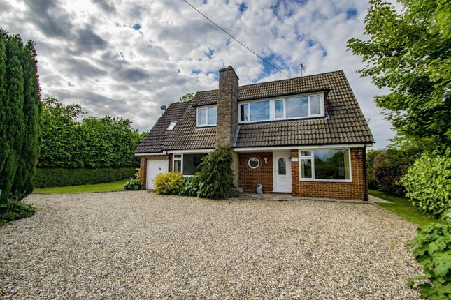 Thumbnail Detached house for sale in Beech Lane, Woodcote, Reading