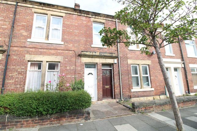 Thumbnail Flat for sale in Eighth Avenue, Heaton, Newcastle Upon Tyne
