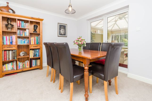Dining Room of Charlbury Close, Wellingborough NN8