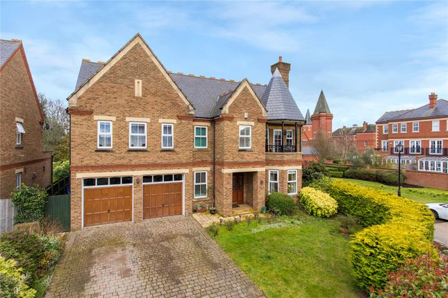 Thumbnail Detached house for sale in Clarence Gate, Woodford Green, Essex