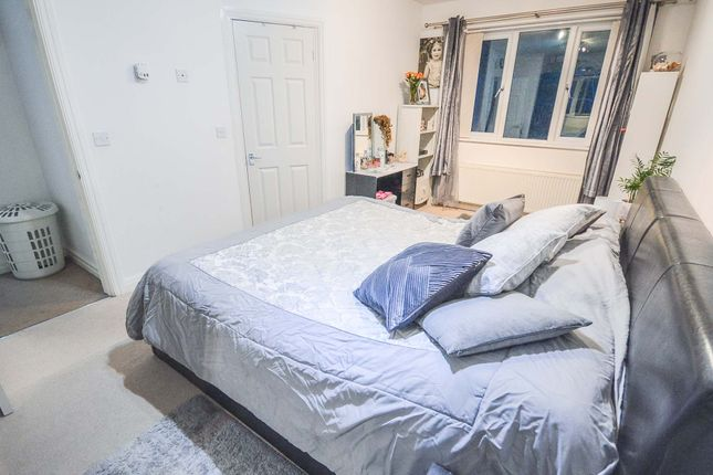 Master Bedroom of New Forest Road, Brooklands, Manchester M23