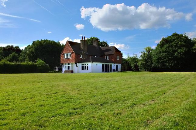 Detached house to rent in Broad Street, Guildford
