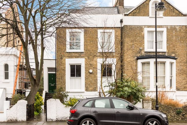 2 bed flat for sale in Stock Orchard Crescent, London