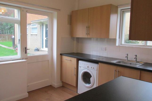 Thumbnail Flat to rent in Glebe Way, Whitstable