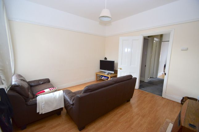 Thumbnail Flat to rent in Wingrove Avenue, Fenham