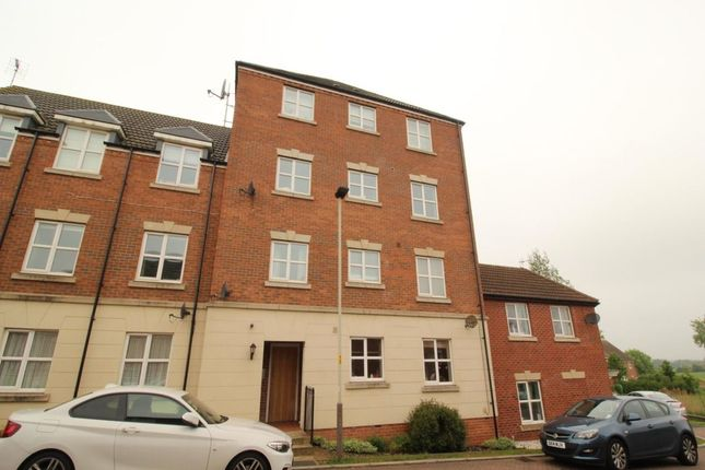 Thumbnail Flat for sale in Kepwick Road, Hamilton, Leicester