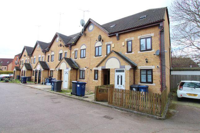 Thumbnail Semi-detached house to rent in Kestrel Close, London
