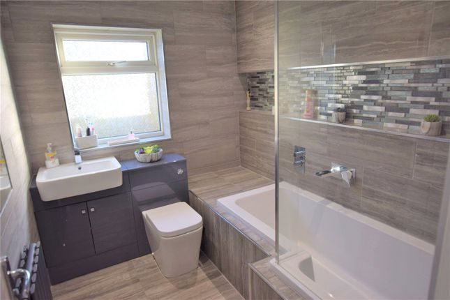 Bathroom of Beaumont Close, Burgh Le Marsh, Skegness, Lincolnshire PE24