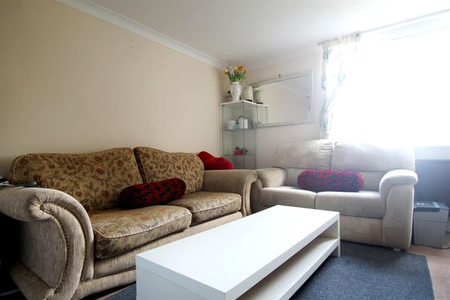 Thumbnail Flat to rent in Bridge Road, Broadwater, Worthing