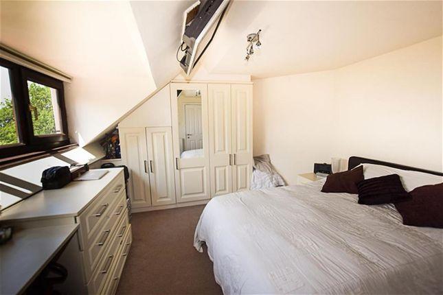 Bedroom A of Crescent Road, Dukinfield SK16