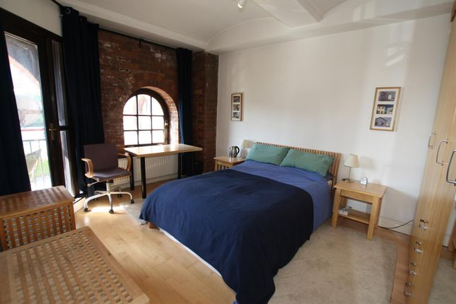 Bedroom of Middle Warehouse, Castle Quay, Manchester M15