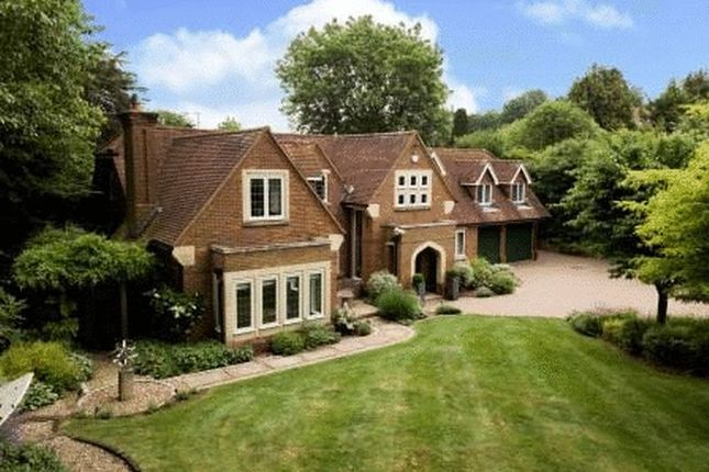 Thumbnail Detached house for sale in Kings Lane, Cookham, Maidenhead